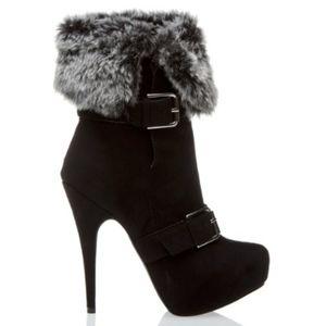Shoedazzle Winter Faux Fur Boots